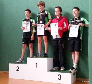 Tischtennisspiele: Adrian Schmiedecke, Tillmann Lohse, Louis Wilke, Felix Verlohren (v.l.)